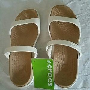 NWT Crocs